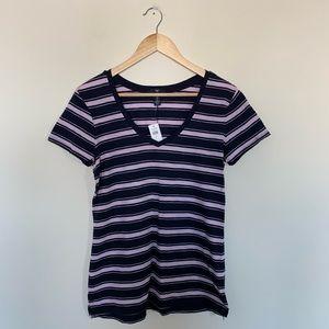 3/19🌽 Gap Women's Striped V Neck T Shirt NWT